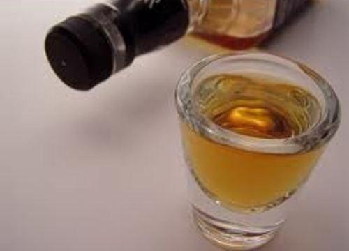 La hierba de la dependencia alcohólica las revocaciones